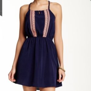 Blu Pepper Embroidered Strappy Back Casual Dress L
